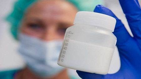 العلماء يحذرون من حليب العبوات البلاستيكية