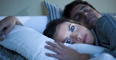في اليوم العالمي للنوم تعرف على عدوه الأول